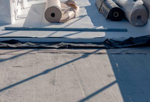 pose de membrane EPDM sur un toit plat